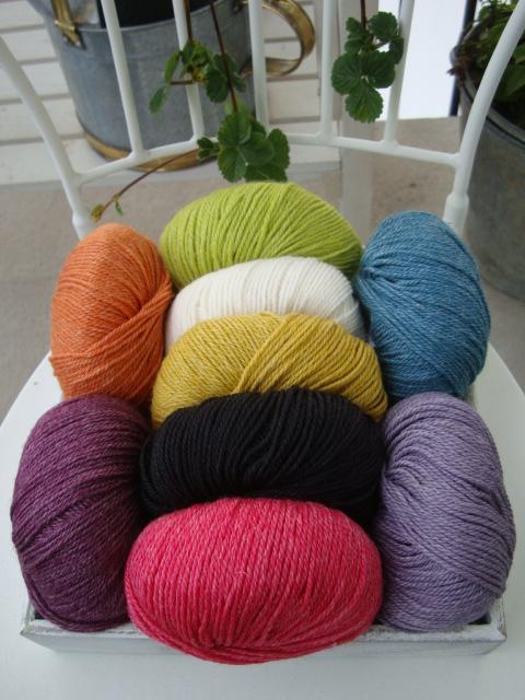 Onion no 4 FINO Organic Wool + Nettles / Ekologisk Ull och Nässlor