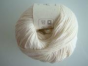 B C Garn Alba 100% ekologisk bomull vit nr 16