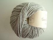B C Garn Semilla grosso nr 101 100% ekologisk ull ljusgrå