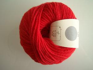 B C Garn Semilla grosso nr 124 100% ekologisk ull röd