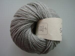 B C Garn Semilla nr 101 100% ekologisk ull ljusgrå