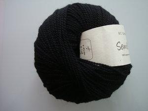 B C Garn Semilla nr 02 100% ekologisk ull svart