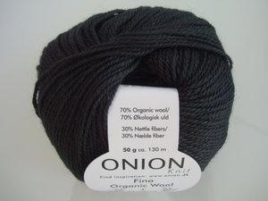 Onion no 4 FINO Organic Wool + Nettles 70% ekologisk ull & 30% nässlor svart nr 821