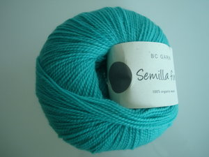 B C Garn Semilla fino 100% ekologisk ull turkos nr 131