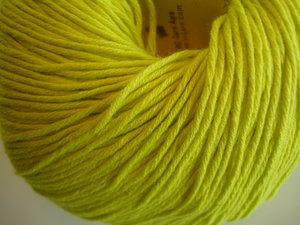 B C Garn Alba 100% ekologisk bomull lime nr 08