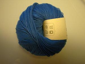 B C Garn Alba 100% ekologisk bomull blå nr 12