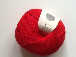 B C Garn Semilla nr 124 100% ekologisk ull röd
