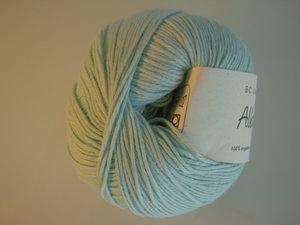B C Garn Alba 100% ekologisk bomull ljus pastellturkos nr 10