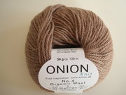 Onion no 4 FINO Organic Wool + Nettles 70% ekologisk ull & 30% nässlor sand nr 818